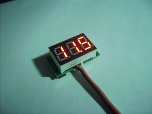 Cheap voltmeter in action