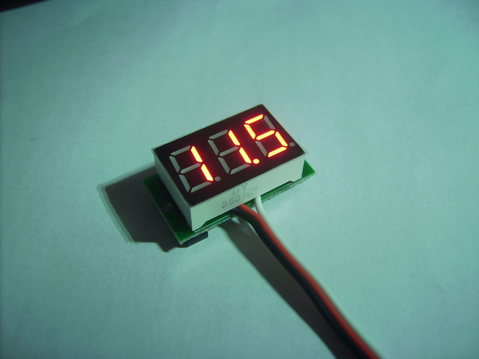 Ebay Digital Dc Voltmeter Teardown Projects Of Jaanus Kalde What Resistor Should I Use In An Led Circuit Cheap Action
