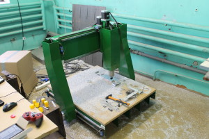 EDM made 4 axis CNC machine used to make components for drilling machine